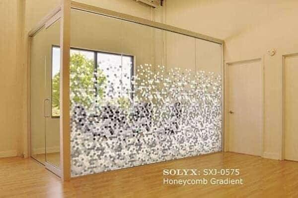 0001866_solyx-sxj-0575-honeycomb-gradient-71-high