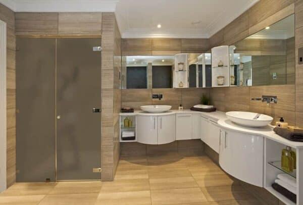 SX-1305_BronzeFrost_Bathroom_Web_1000x677