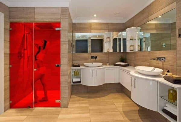 SXP-032UV_LightRed_Bathroom_Web_1000x677