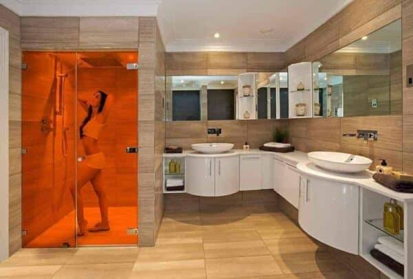 SXP-034UV_Orange_Bathroom_Web_1000x677