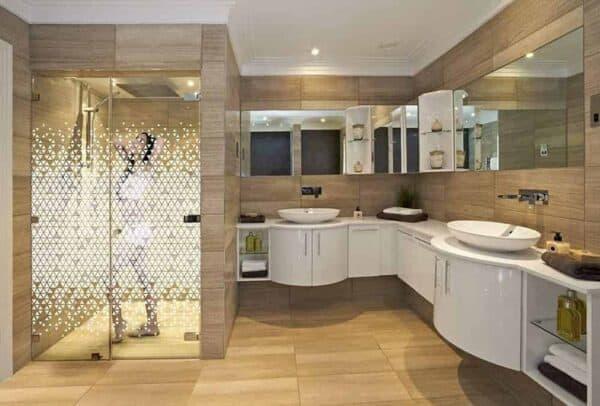TriangleDual_Bathroom_Web_1000x677