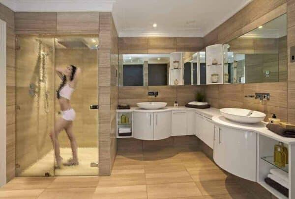 SGC-6521_IceMelt_Bathroom_Web_1000x677